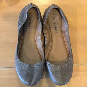 Lucky Brand Emmie Brown/Grey Flat